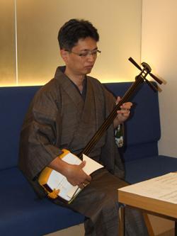 会員訪問 山本 篤先生(三木市・山本医院) 三味の音色は時代を超えて